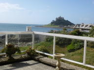 Ground Flat in Marazion, Cornwall