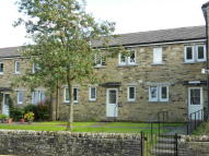 2 bedroom Flat in 24 Jasmine Court, Gayle