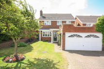 Detached property in Greenfields, Billericay...