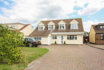 4 bedroom Detached home in Stock Road, Billericay...