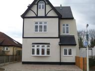 2 bed Ground Flat to rent in Champion Road, Upminster...