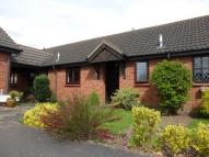 1 bed Bungalow in Petresfield Way...