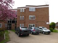 2 bedroom Ground Flat in Avon Road, Upminster...