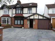 DEYNCOURT GARDENS semi detached house for sale