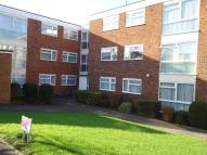 2 bedroom Flat in 7 Tyrells Close...