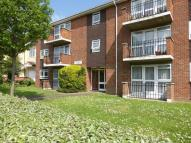 Ground Flat to rent in 1 Abington Court...