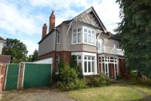 4 bed semi detached house in Courtenay Gardens...