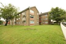 Apartment to rent in Rennets Wood Road...