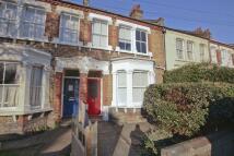 Flat to rent in Effingham Road, Lee SE12