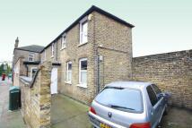 5 bed semi detached property to rent in Dunvegan Road, Eltham SE9