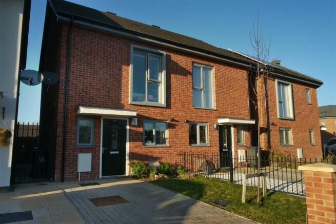 2 Bedroom House For Sale In Platt Brook Way Sheldon Birmingham B26