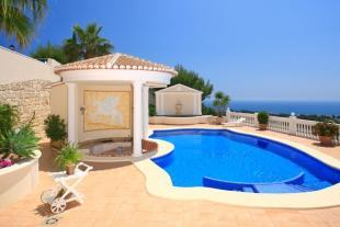 Luxury home in Moraira, terrace