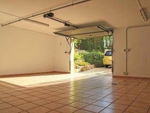 Luxury Villa in Calpe, garage