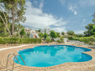 Luxury Villa in Moraira, Pool