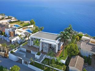 First Line Luxury Villa in Cumbre del Sol, Villa