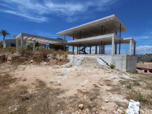 First Line Luxury Villa in Cumbre del Sol, Building Phase