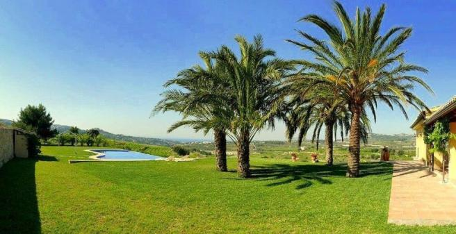 Luxury Finca in Moraira, garden
