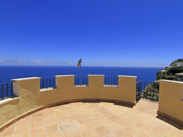Luxury Property in Cumbre del Sol, Views