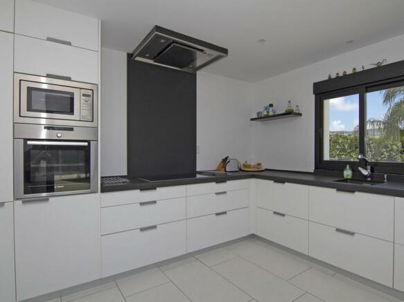 Modern Luxury Villa in Moraira, Kitchen