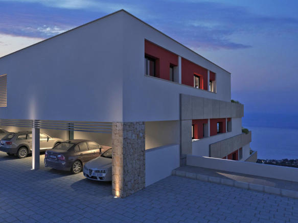 Luxury Apartment in Cumbre del Sol, Parking