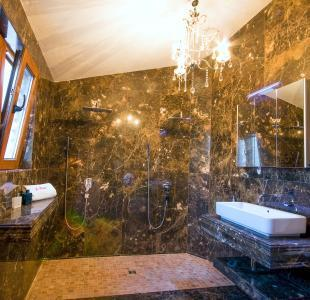 marble stone bathroo
