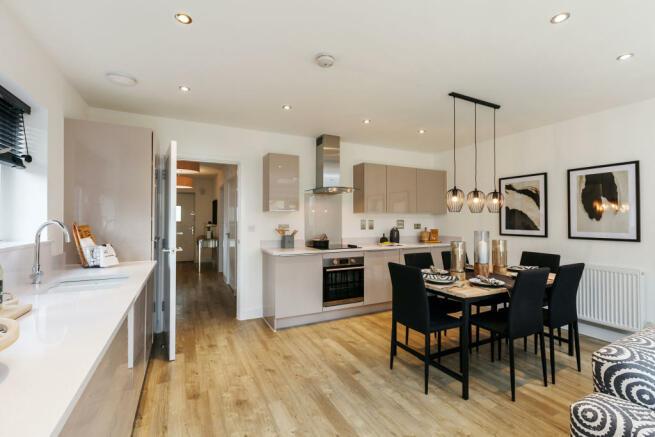 Royal_Ensleigh_Kitchen