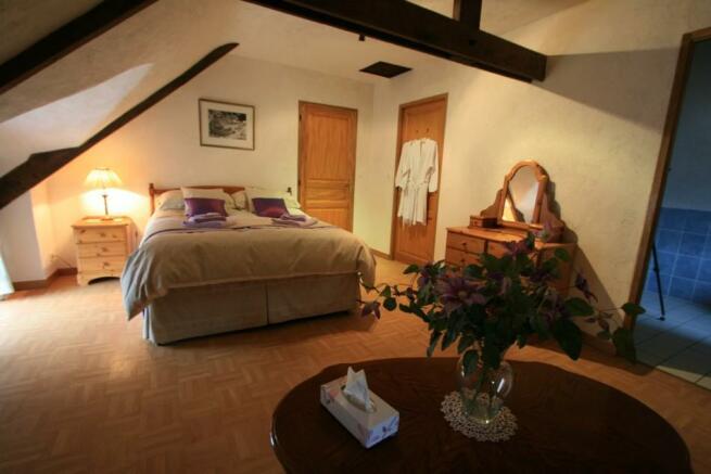Cottage 2 - king bed
