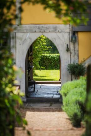house. estate agency Alfold arch