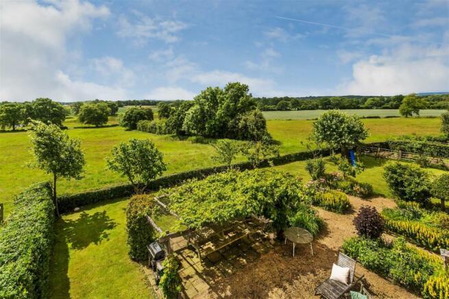house. estate agency Alfold garden view