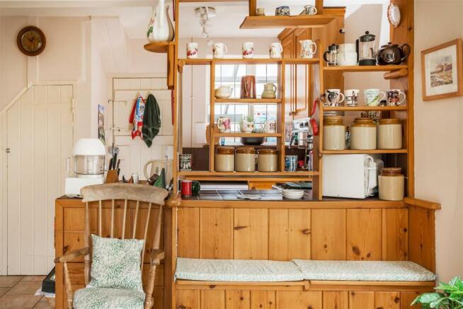 house. estate agents Dunsfold Kitchen