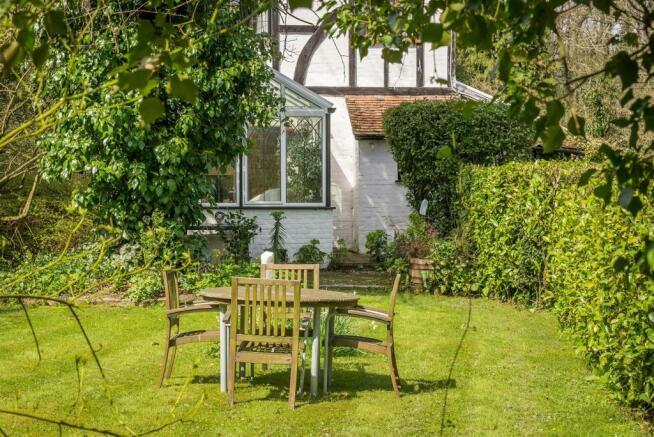 house. estate agents Dunsfold Garden