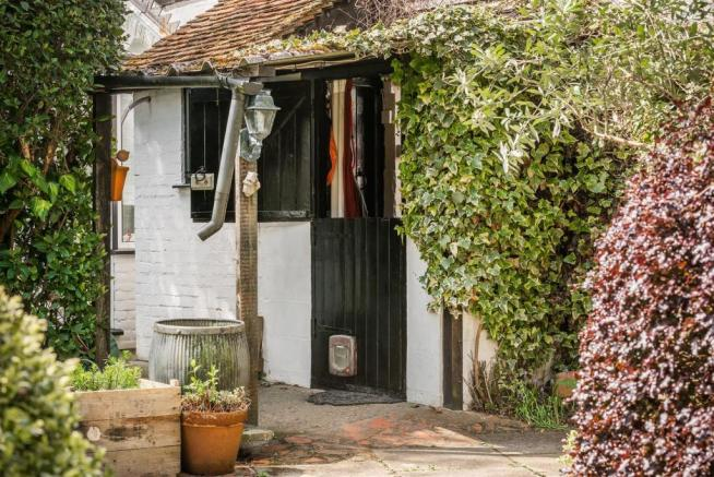 house. estate agents Dunsfold Back Door