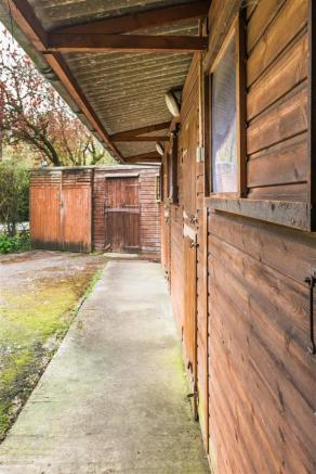 house. estate agents Dunsfold Stables/Stores