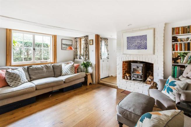 house. estate agency Milford sitting room