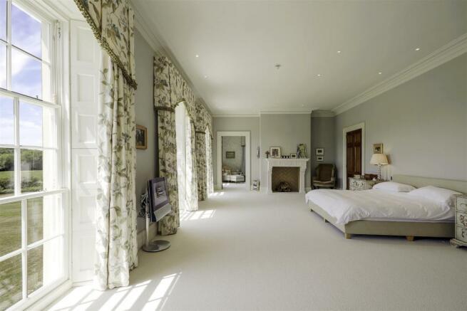 house. estate agents Lurgashall Master Bedroom