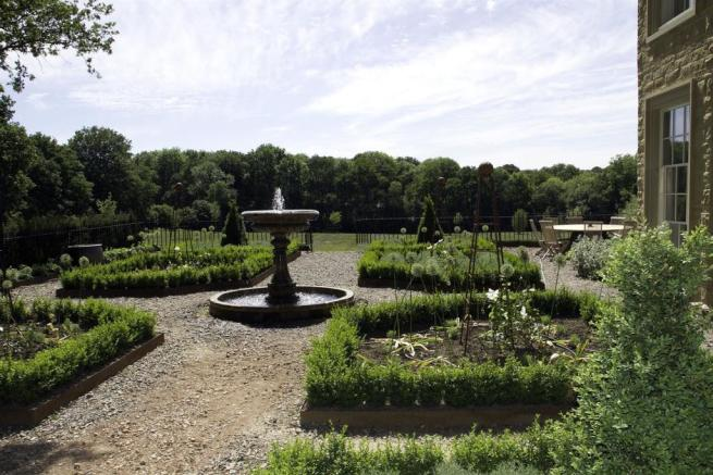 house. estate agents Lurgashall Formal Gardens