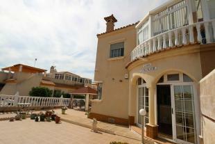 medium_5985_fantastic_plot_tn_townhouse_playa_flamenca_(8).jpg