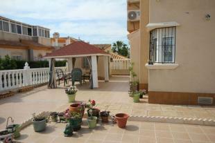 medium_5985_fantastic_plot_tn_townhouse_playa_flamenca_(17).jpg