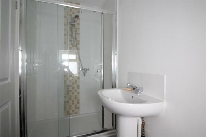 Clifden Bathroom.jpg
