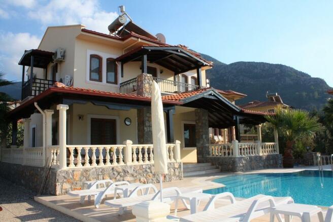 Villa Rear