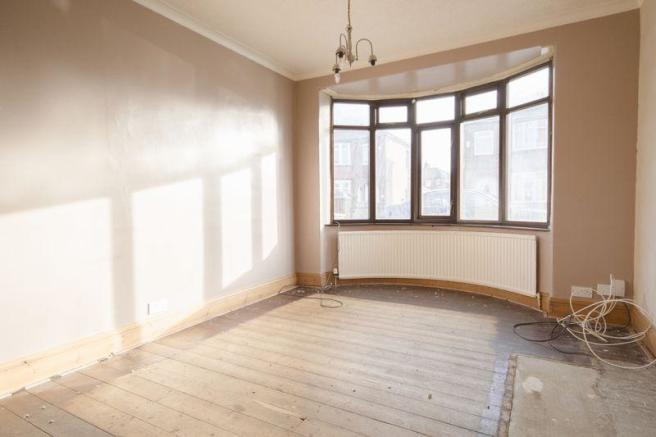 Living Room/Re...