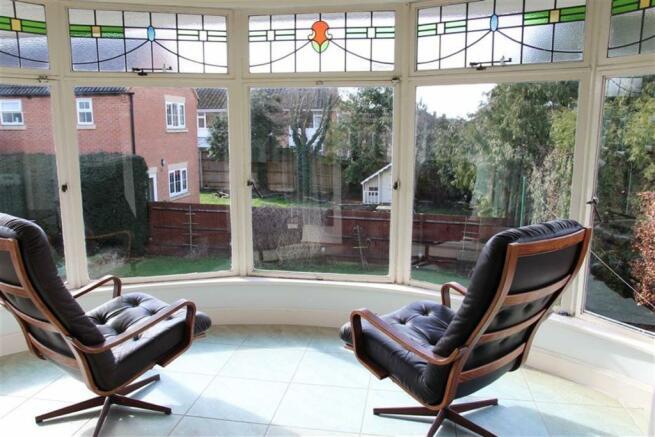 Bow Shaped Sun Room