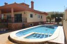 Detached Bungalow in Mil Palmeras, Alicante...