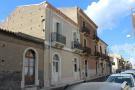8 bedroom house in Nizza di Sicilia...