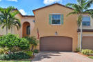 Town House in Palm Beach Gardens...