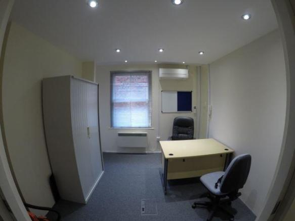 Middle Office