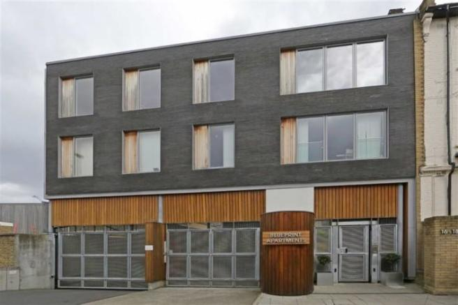 2 bedroom flat for sale in 16 balham grove sw12 picture 2 malvernweather Choice Image