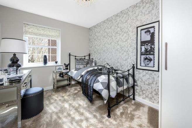 4 Bedroom Detached House For Sale In Blackwall Road South