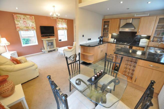 2 bedroom park home for sale in The Greens Newton Hall Caravan