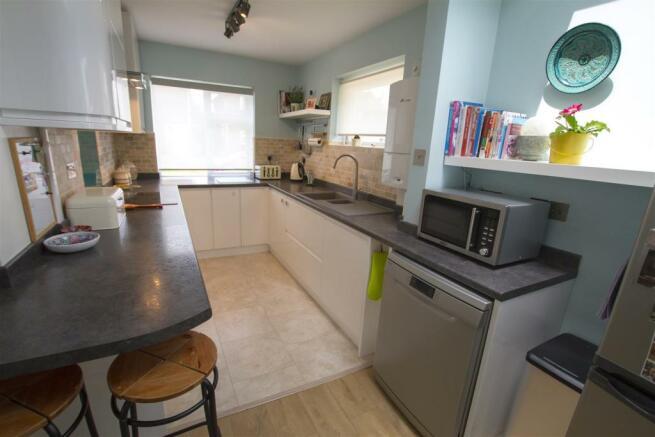 03_no14_hermitage_kitchen.jpg